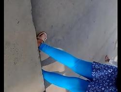 Hot  desi college girl leggings part 1