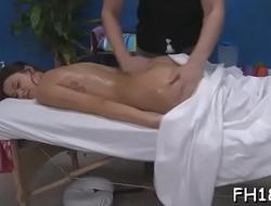 Hawt oil massage