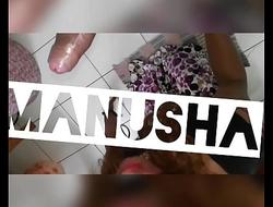 Indian Shemale  Manusha sucking and swallowing cum..!